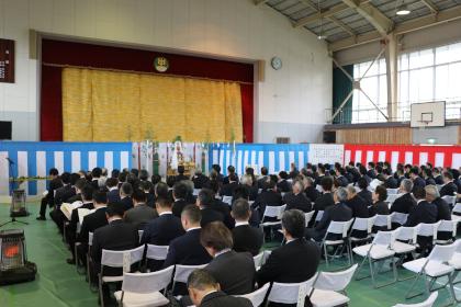 神事会場(旧晴山中学校 体育館)